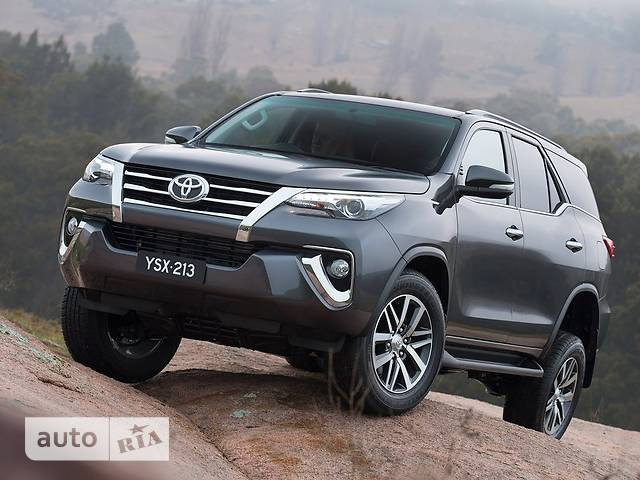 Toyota Fortuner 2.7 AT (164 л.с.) 4WD EXR