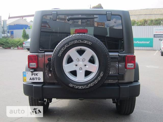 Jeep Wrangler 3D 3.6i AT (285 л.с.) AWD Sport S