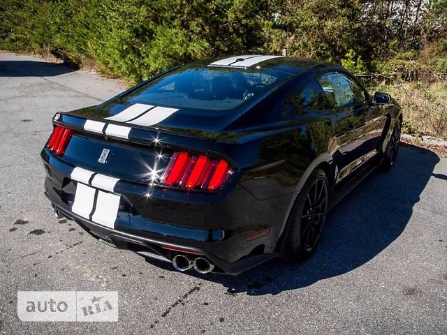 Ford Mustang 5.2 MТ (532 л.с.) Shelby GT350