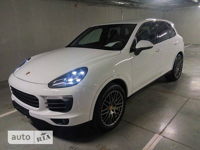 Porsche Cayenne 3.0D Tip-tronic (265 л.с.) 4WD Platinum Edition