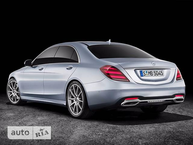 Mercedes-Benz S-Class S 560 AT (469 л.с.) Long