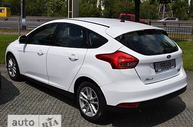 Ford Focus 1.0 Ecoboost АT (125 л.с.) Business 2017