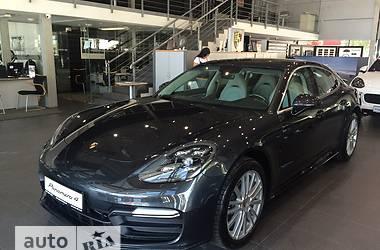 Porsche Panamera New 4 3.0 AT (330 л.с.) AWD  2017
