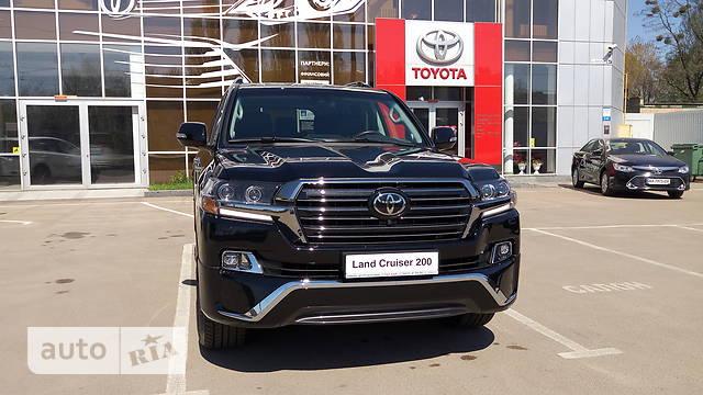 Toyota Land Cruiser 200 4.5D AT (249 л.с.) Premium
