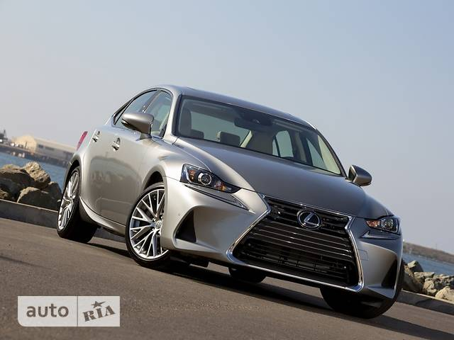 Lexus IS 200t AT (245 л.с.) Business