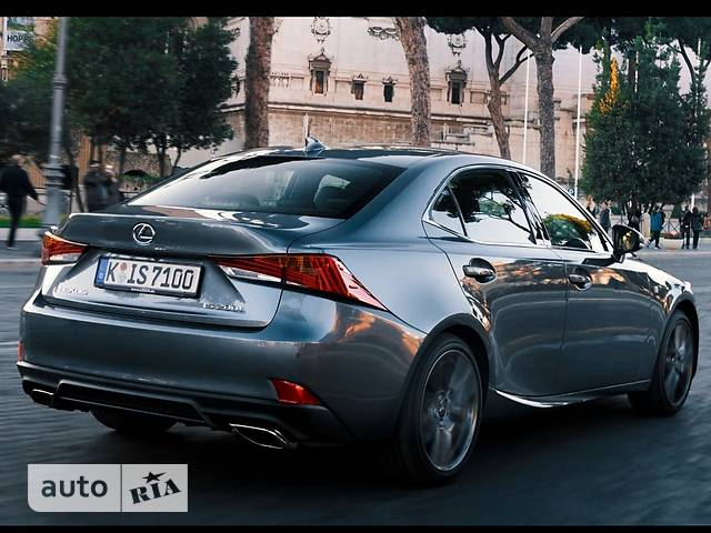 Lexus IS 300 AT (245 л.с.) F-Sport