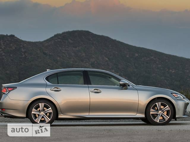 Lexus GS  200t AT (245 л.с.) Business+