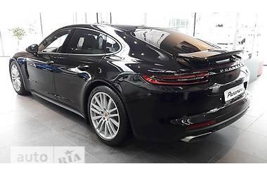 Porsche Panamera New 3.0 AT (330 л.с.)  2017