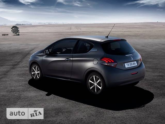 Peugeot 208 (3 двери) 1.2 Puretech AT (110 л.с.) Start/Stop GT-Line