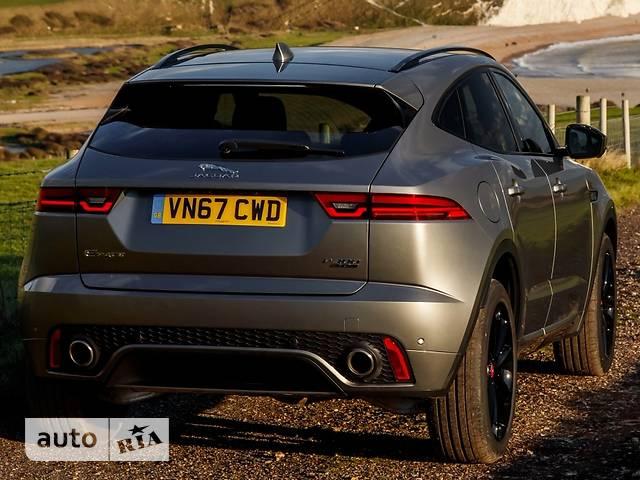 Jaguar E-Pace 2.0D AT (180 л.с.) AWD R-Dynamic Base