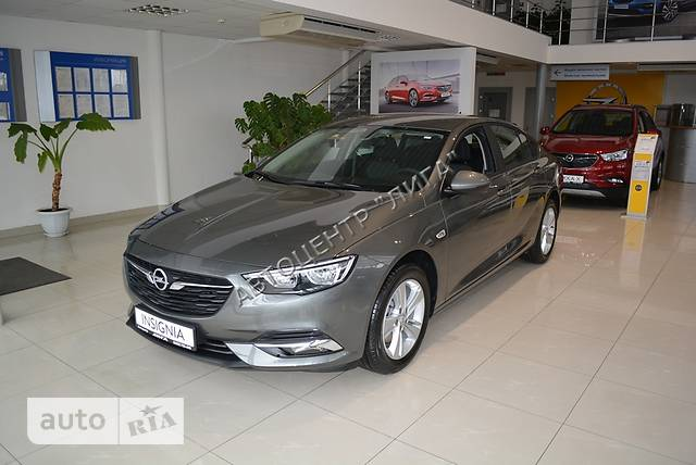 Opel Insignia Grand Sport 1.5 AT (165 л.с.) Start/Stop Innovation Navi