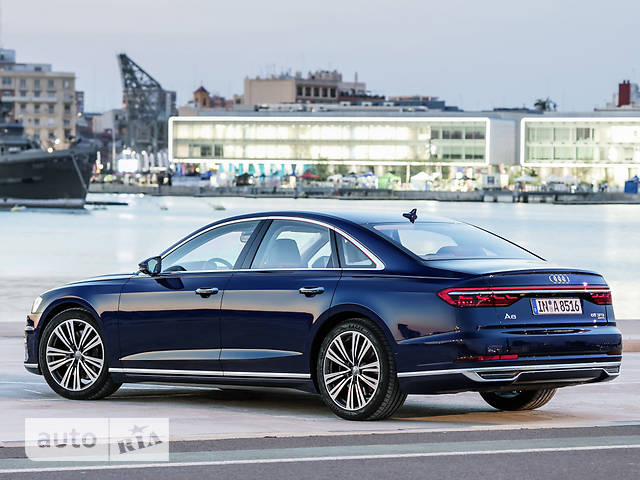 Audi A8 L 60 TFSI Tip-tronic (460 л.с.) Quattro base