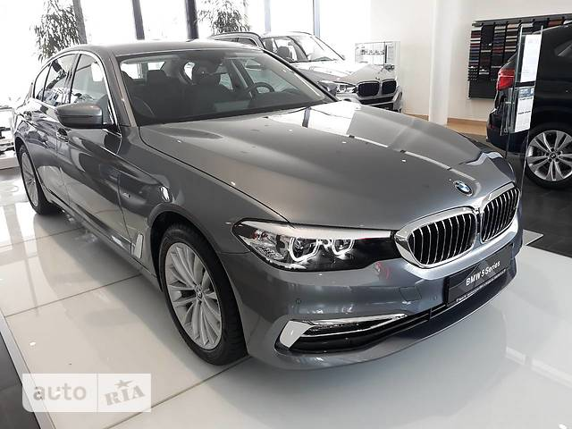BMW 5 Series 520i AT (184 л.с.)