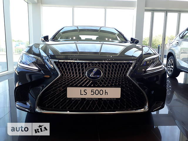 Lexus LS 500h AT (359 л.с.)  Luxury