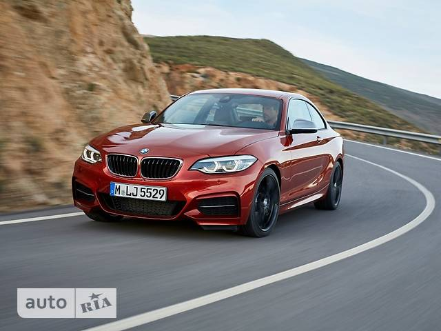 BMW 2 Series 220i AT (184 л.с.) base