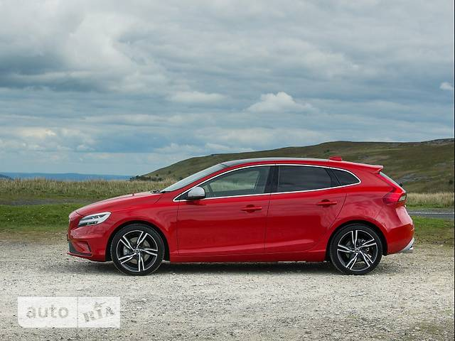 Volvo V40 Cross Country D3 2.0 MT (150 л.с.) Kinetic