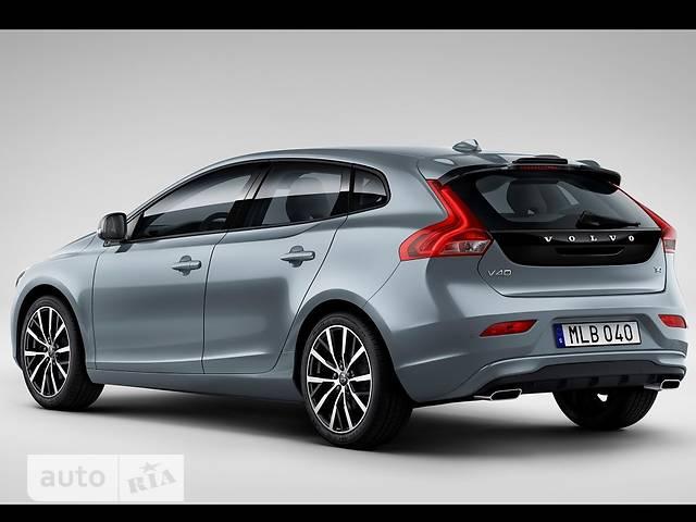Volvo V40 Cross Country T4 2.0 MТ (190 л.с.) Kinetic