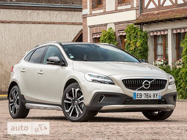 Volvo V40 Cross Country D2 2.0 6AT (120 л.с.) Inscription