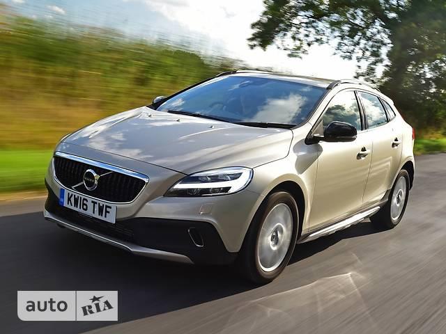 Volvo V40 Cross Country D2 2.0 6AT (120 л.с.) Inscription Pro