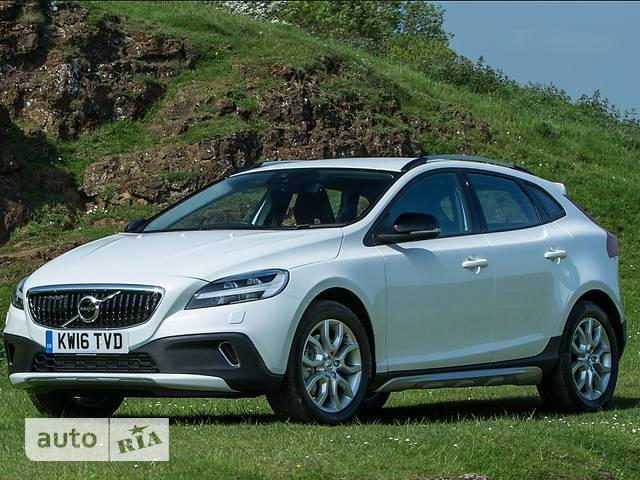 Volvo V40 Cross Country T3 1.5 АТ (152 л.с.) FWD Momentum