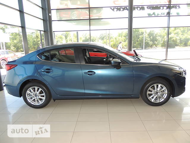 Mazda 3 1.5 MT (120 л.с.) Touring