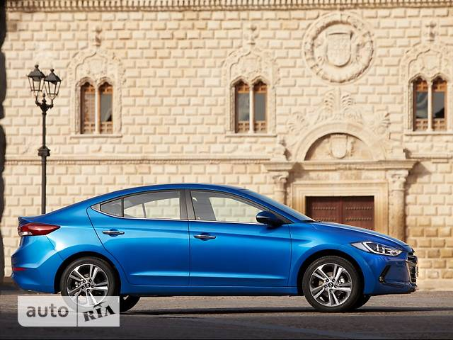 Hyundai Elantra AD 1.6 MT (127.5 л.с.) Classic