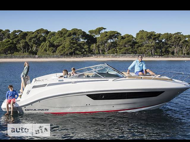 Bayliner Cuddy 842