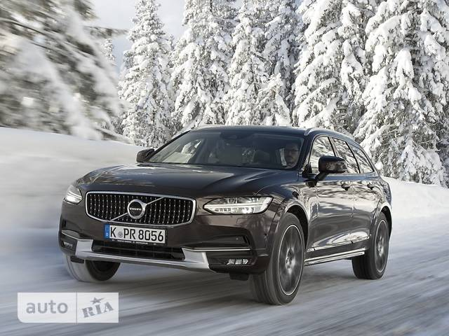 Volvo V90 Cross Country T5 2.0 АТ (254 л.с.) AWD Summum