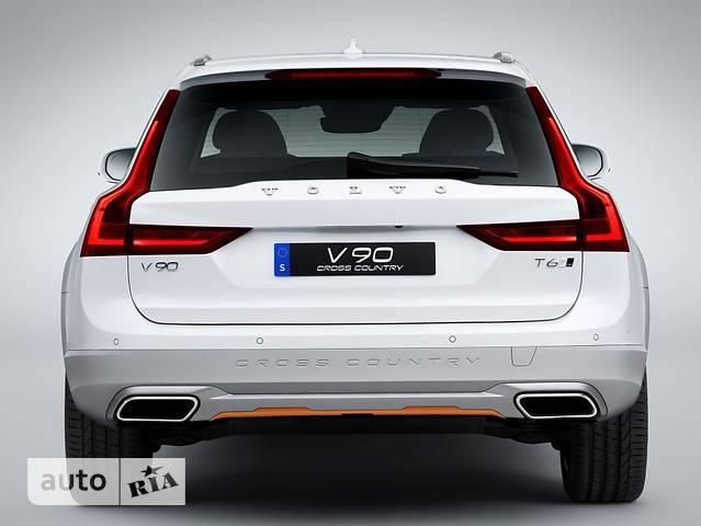 Volvo V90 Cross Country D5 2.0 АТ (235 л.с.) AWD Plus