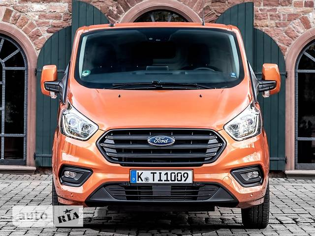 Ford Transit Custom F300 2.0D MT (130 л.с.) L1H1  Amb Plus