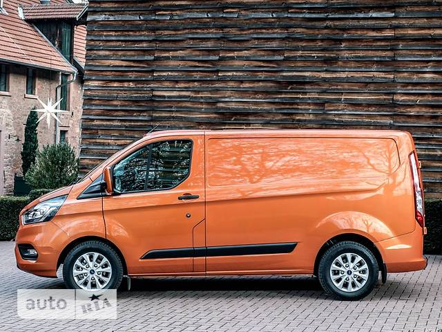 Ford Transit Custom F340 2.0D MT (130 л.с.) L2H1 Amb Plus