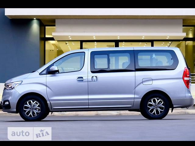 Hyundai H1 пасс. 2.5 CRDi АТ (170 л.с.) (8s) Business+