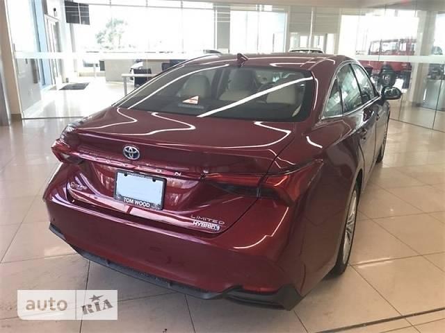 Toyota Avalon 2.5 E-CVT (215 л.с.) Hybrid Limited