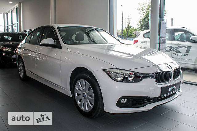 BMW 3 Series F30 318i AT (136 л.с.)