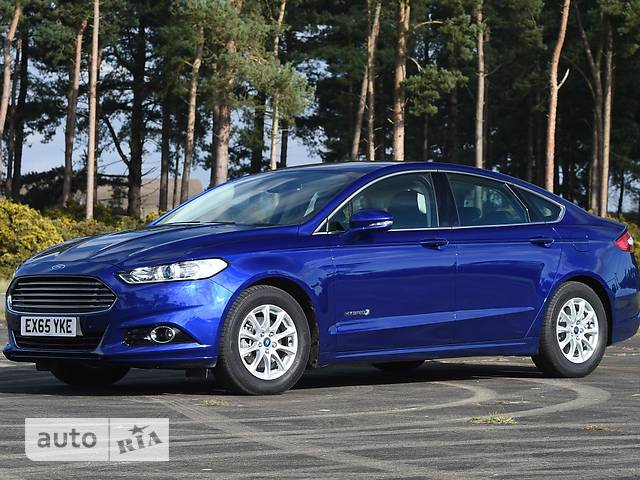 Ford Mondeo 2.0 HEV CVT (187 л.с.) Lux