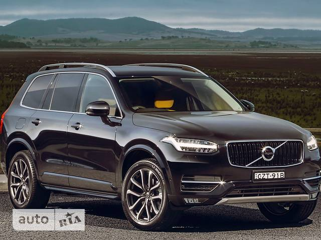Volvo XC90 D5 2.0 AT (235 л.с.) 7s AWD Momentum