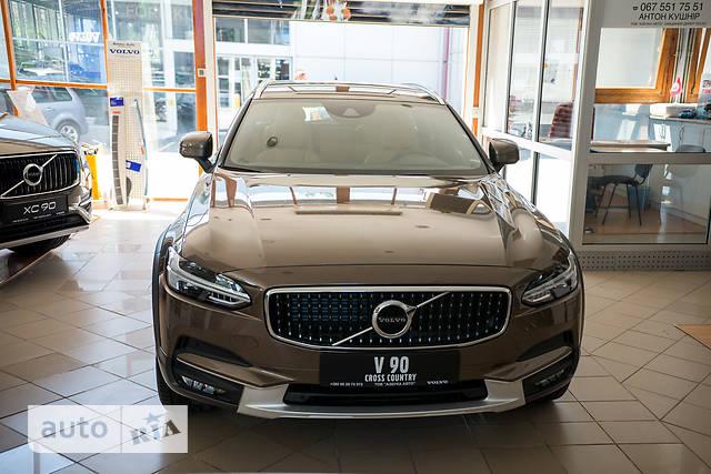 Volvo V90 Cross Country D5 2.0 АТ (235 л.с.) AWD Momentum