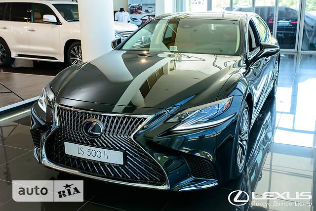 Lexus LS 500h AT (359 л.с.) 4WD Luxury