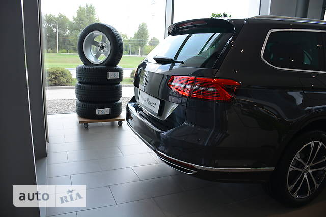 Volkswagen Passat В8 2.0D DSG (150 л.с.) Premium R-Line