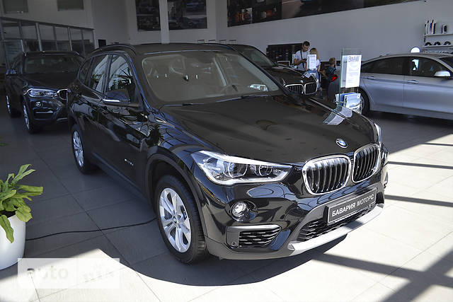 BMW X1 F48 18d MT (150 л.с.) sDrive base