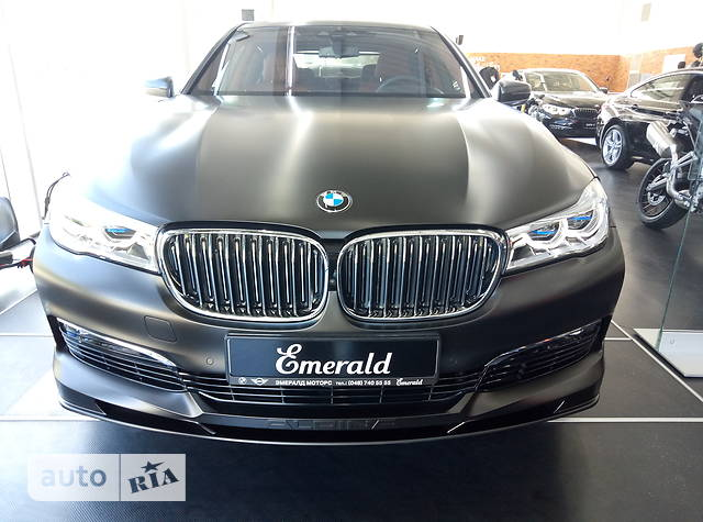 BMW 7 Series G12 750Li AT (455 л.с.) xDrive M paket