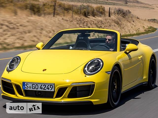 Porsche 911  Carrera 4 GTS 3.0 PDK (450 л.с.)