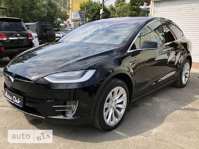 Tesla Model X 75D AT (330 л.с.)