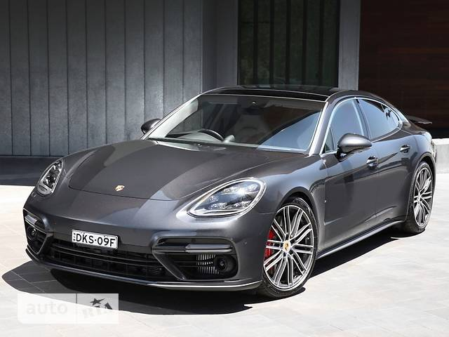 Porsche Panamera Turbo Executive 4.0 PDK (550 л.с.)
