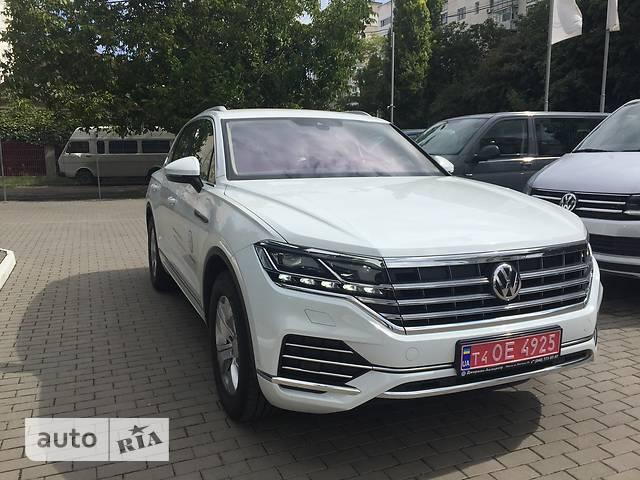 Volkswagen Touareg 3.0 TDI AT (287 л.с.) AWD Base