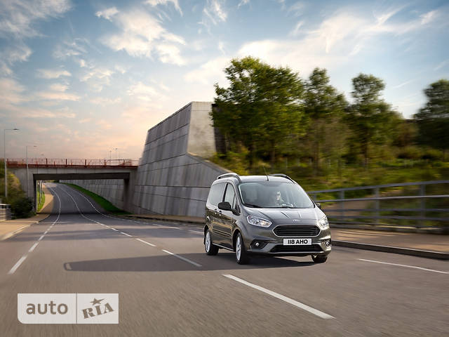 Ford Tourneo Courier 1.0 MT (100 л.с.) Trend