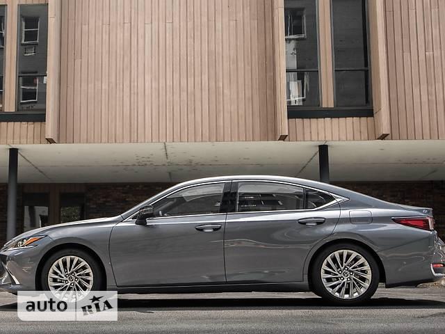 Lexus ES 250 AT (207 л.с.) Business