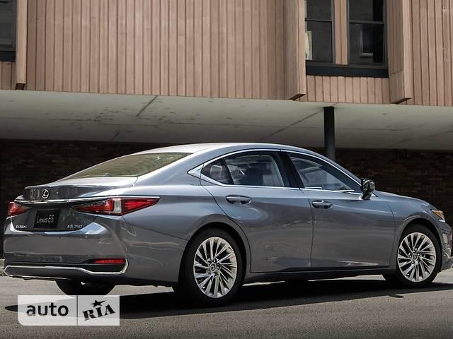 Lexus ES 250 AT (207 л.с.) Luxury