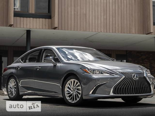 Lexus ES 250 AT (207 л.с.) Business