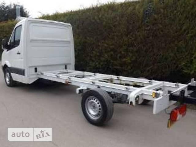 Volkswagen Crafter груз. Одинарная кабина 35 2.0 TDI MT (140 л.с.) MR RWD EIKA